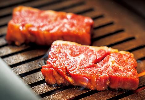 """肉ツウの間で、""""カリスマ的""""とも称される「厚切りハラミ」!"""