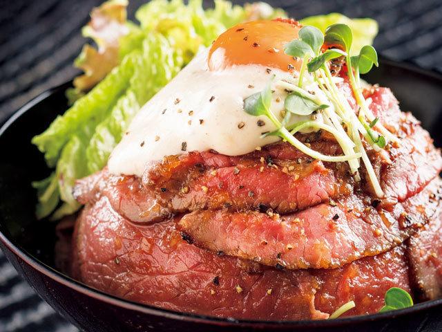 ローストビーフ丼 ¥880