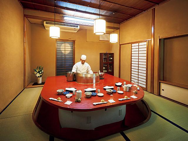 お座敷天ぷらは、あえて若いうちに行くべき!神楽坂の老舗でお忍び ...
