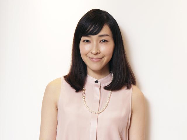 麻生久美子のロングヘア画像